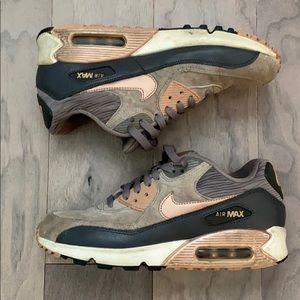 Nike Air Max 90 grey/rose gold size 9US